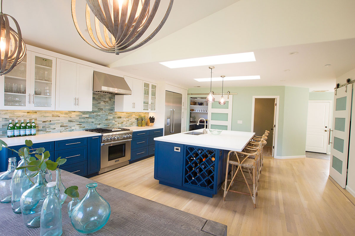 cool-blue-kitchen-island-sink-wine-rack
