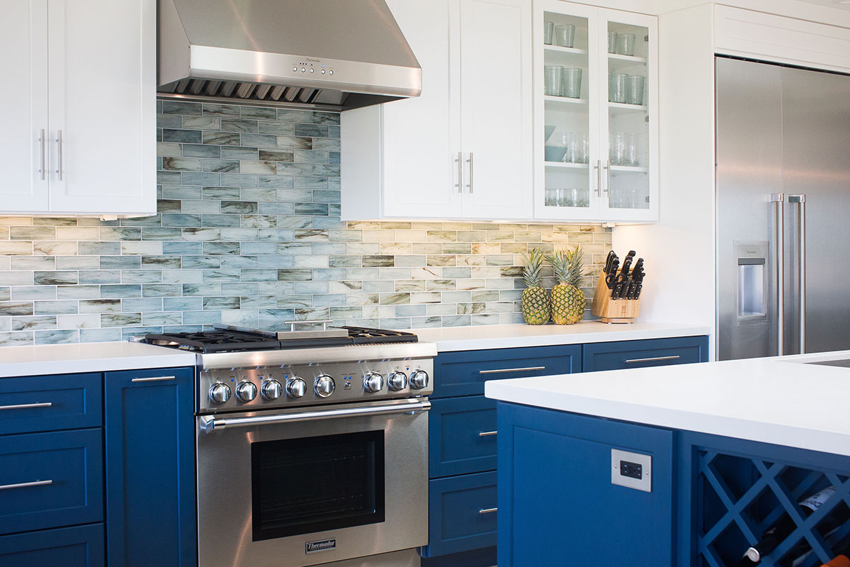 cool-blue-kitchen-stainless-steal-oven