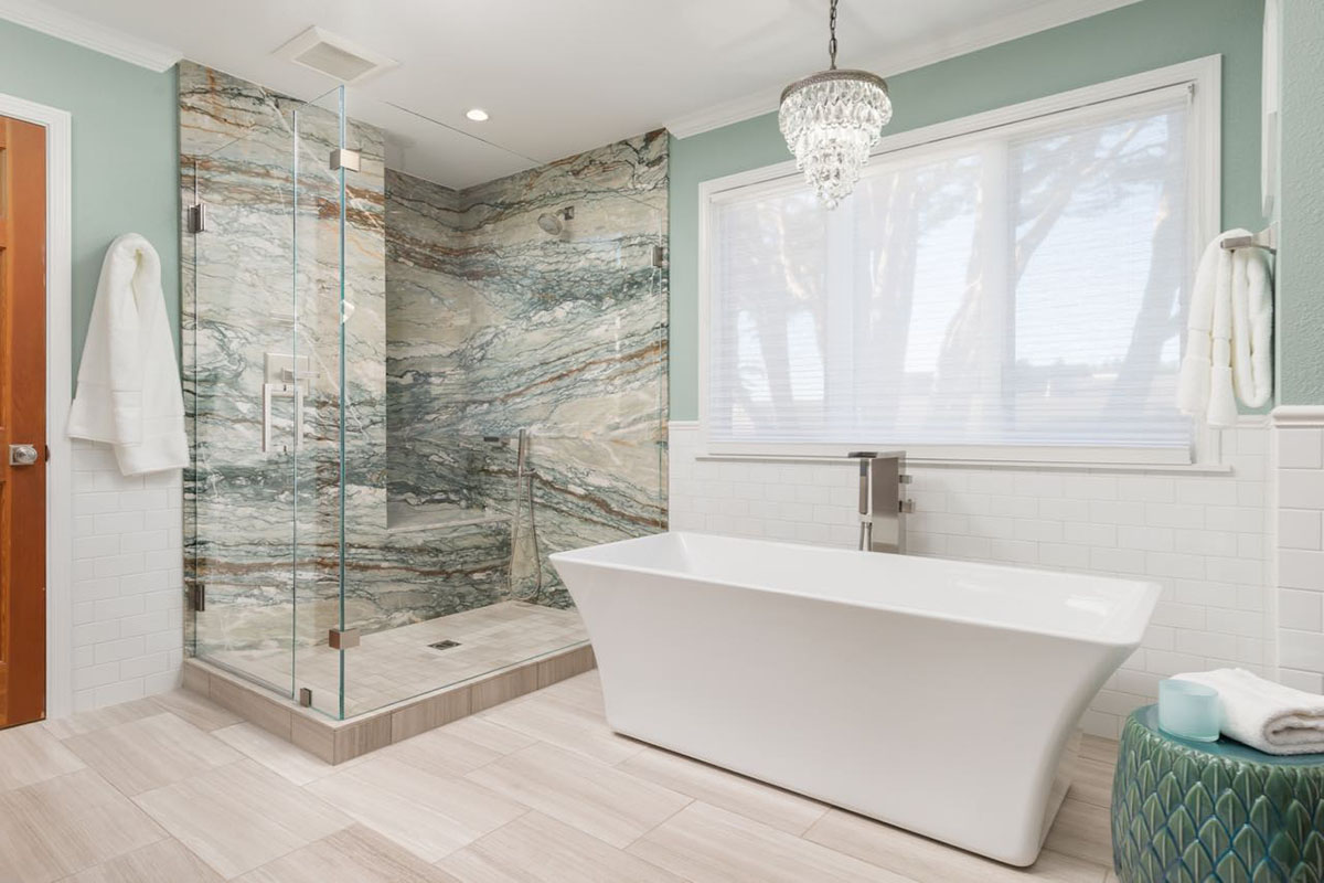 Ocean-View-Bath-Tub-Shower