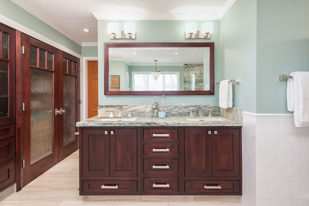 Ocean-View-Bath-Vanity-Storage